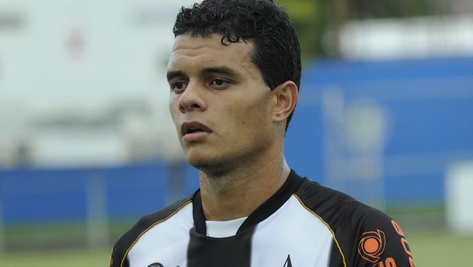 Geraldo, atacante do Estrela do Norte (Foto: Carlos Alberto Silva/A Gazeta)