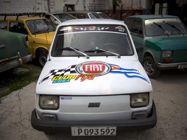 Feito na Polônia, Fiat 126p ganhou apelido de Polski em Cuba (Foto: AP Photo/Ramon Espinosa)