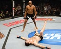Combate Play: reveja o show de Anderson Silva contra Forrest Griffin