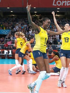 Vôlei, Comemoraçao do Brasil x eua (Foto: Agência Reuters)