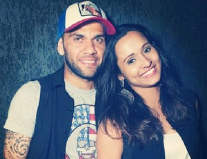 Daniel Alves e Thaissa (Foto: Reprodução/ Instagram)
