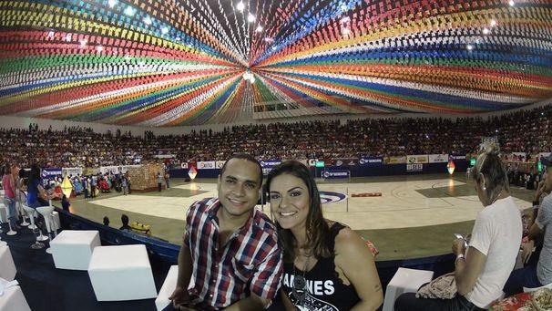 Maysa e Menilson prestigiam o Levanta Poeira (Foto: Divulgação/ TV Sergipe)