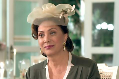 Eliani Giardini é Anastácia em 'Êta mundo bom!' (Foto: TV Globo)