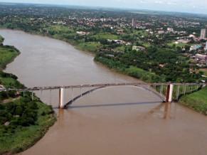 Ponte da Amizade, que liga Brasil e Paraguai (Foto: Divulgação)