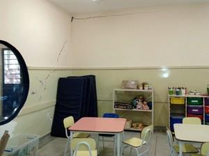 Rachaduras preocupam mãe de Escola Municipal de Piracicaba (Foto: Arquivo pessoal)