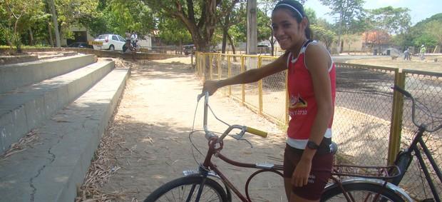 Olimpíadas Escolares 2012 - Atletismo - Bárbara Borges (Foto: Josiel Martins/GLOBOESPORTE.COM)