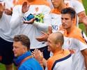 """Costa Rica quer manter a """"freguesia""""  de Robben e Van Gaal em Mundiais"""