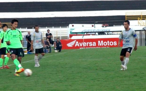 Marlon, meia do XV, em jogo-treino contra equipe sul-coreana (Foto: Bernardo Medeiros / Globoesporte.com)