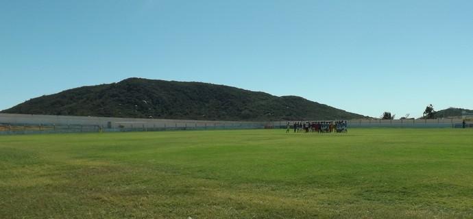 Estádio Municipal de Teixeira (Foto: Hévilla Wanderley / GloboEsporte.com/pb)