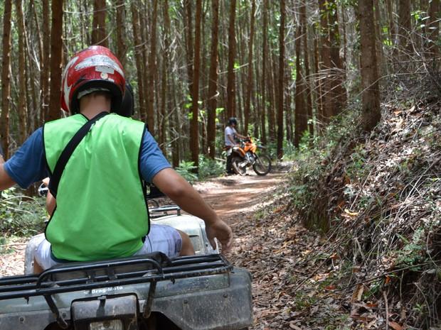 Passeio de quadriciclo é opção em Monte Verde para quem gosta de esportes radicais (Foto: Samantha Silva/G1)