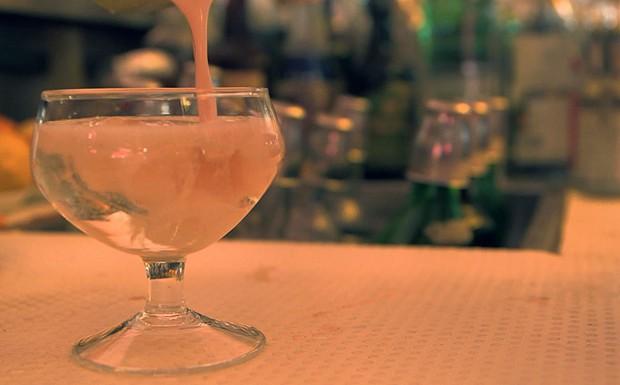 Drinque Perseghetto do Bar Basso, em Milo. (Foto: Reproduo GNT)