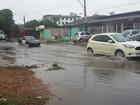 Chuva alaga ruas do Centro de Macapá; Defesa Civil monitora áreas