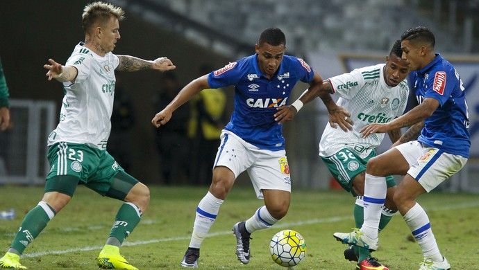 Roger Guedes, Bryan, Tchê Tchê, Lucas Romero; Cruzeiro x Palmeiras (Foto: Washington Alves/Light Press)