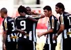 Botafogo vence Bonsucesso e lidera grupo (Satiro Sodré/Agif)