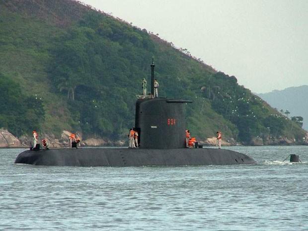 Submarino Tikuna em Santos (Foto: Divulgação/Marinha do Brasil)
