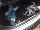 Homem furta lençóis e mala de carro no DF, bate em cerca na fuga e é preso