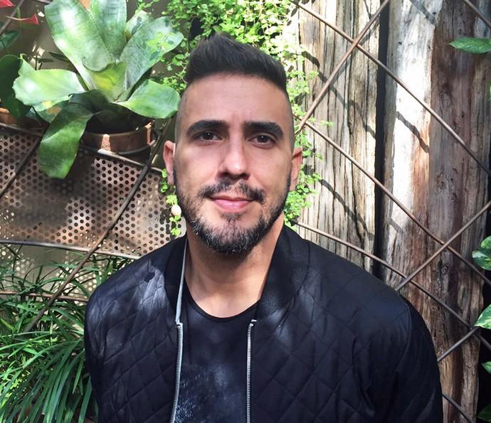 André Marques faz novo corte de cabelo (Foto: Priscilla Massena/Gshow)