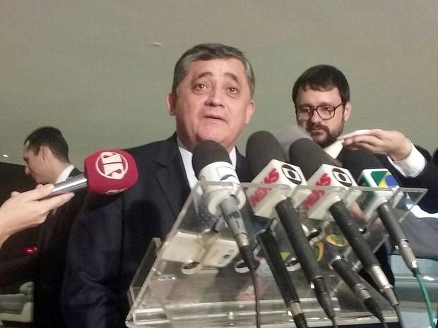 O líder do governo na Câmara, deputado José Guimarães (PT-CE), após reunião com a presidente Dilma Rousseff (Foto: Filipe Matoso/G1)