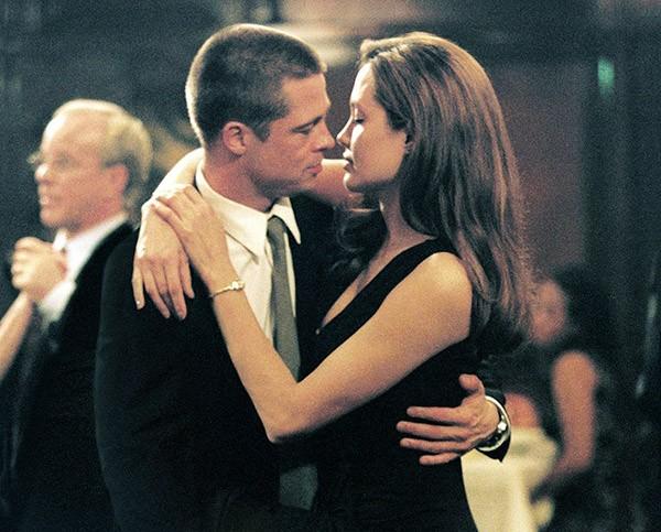 Brad Pitt e Angelina Jolie em cena de 'Sr. e Sra. Smith' (2005) (Foto: Divulgação)