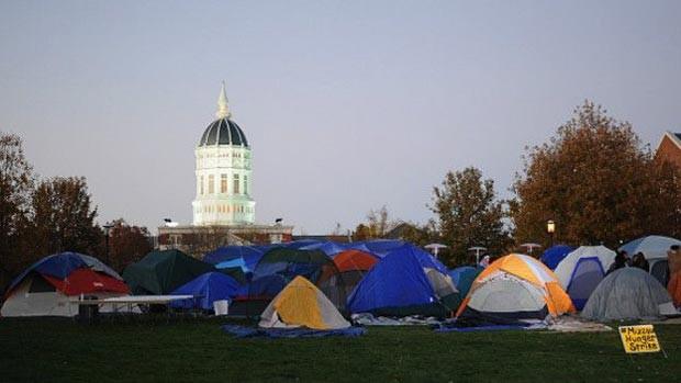 Manifestantes fizeram greve de fome no campus da Universidade de Missouri (Foto: Getty)