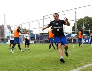Kleber está na fase final de recuperação de problema físico (Foto: Lucas Uebel/Grêmio FBPA)