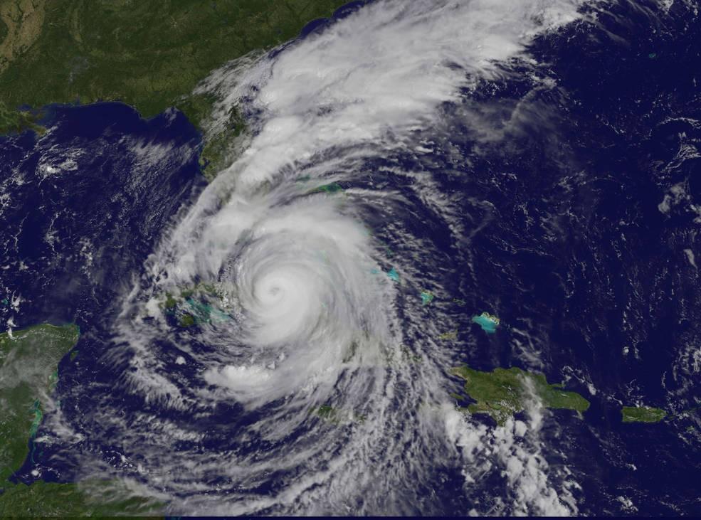 Furacão Irma na categoria 4. Imagem tirada no sábado, 9 de setembro de 2017, às 10:37 da manhã. (Foto: NASA/NOAA GOES Project)