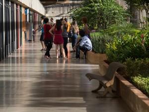Corredor da Universidade de Brasília (Foto: Beatriz Ferraz/Secom UnB)