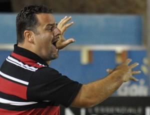 Marcelo Serrano técnico Joinville (Foto: Frankie Marcone / Ag. Estado)