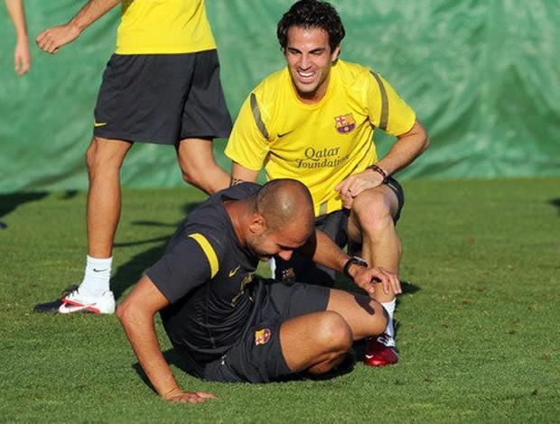 fabregas pep guardiola barcelona treino (Foto: Divulgação Site Oficial do Barcelona)