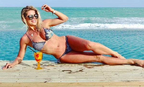 Aos 40, Karina Bacchi é considerada musa fitness (Foto: Arquivo pessoal)