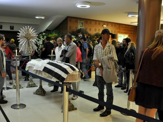 Corpo do cantor Vander Lee é velado em Belo Horizonte (Foto: Humberto Trajano/ G1)