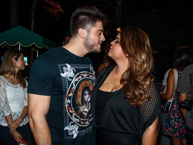 Preta Gil e o noivo, Rodrigo Godoy, em evento em São Paulo (Foto: Manuela Scarpa/ Foto Rio News)