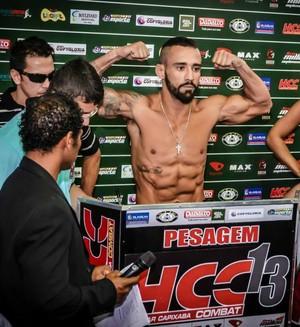 Dudu Bastos bateu o peso e está classificado para as finais do GP peso-pena do HCC (Foto: Divulgação/Haidar Capixaba Combat)