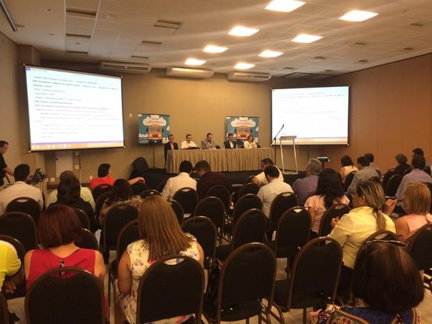 Seminário discute melhorias no serviço de transporte escolar no Ceará (Foto: Caroline Avedaño/ Seduc)