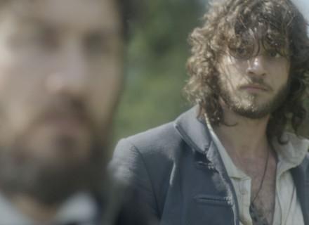 Prestes a matar Thomas, Joaquim desiste, mas faz ameaça