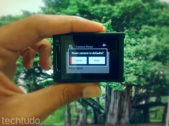 GoPro: Confirme sua ação para resetar a câmera  (Foto: Paulo Vasconcellos/TechTudo)