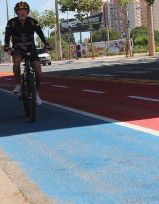 Ciclofaixa; avenida raul lopes; teresina; ciclismo (Foto: Náyra Macêdo/GLOBOESPORTE.COM)