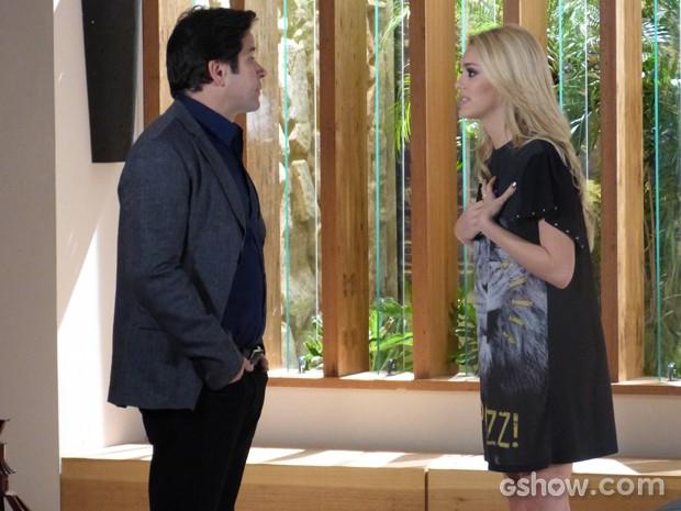 Megan implora que o pai perdoe Davi (Foto: Geração Brasil / TV Globo)
