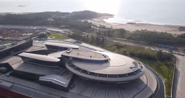 Outro lado do escritório - Star Trek (Foto: Reprodução YouTube)