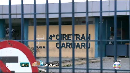 Greve dos servidores do Detran de Pernambuco completa um mês