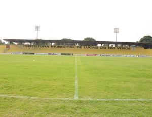 Estádio Passo das Emas em Lucas do Rio Verde (Foto: Leonardo Heitor)