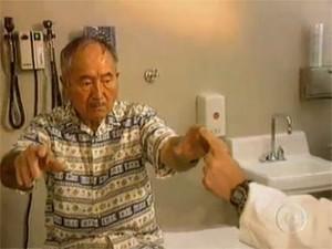 Homem com mal de Parkinson (Foto: Reprodução/TV Globo)