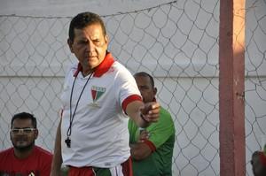 Éder Taques, treinador, CEOV, Operário (Foto: Robson Boamorte)