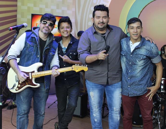 Overtime, Guto Lima e Bruno & Léo foram algumas das atrações do 'Paneiro' (Foto: Katiúscia Monteiro/ Rede Amazônica)