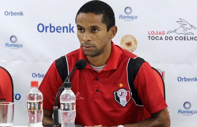 Wellington Saci lateral do Joinville (Foto: Divulgação/Assessoria JEC)