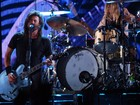 Foo Fighters lança EP dedicado às vítimas dos ataques em Paris