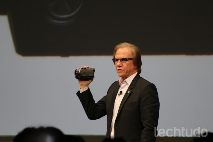 4K HandyCam é a nova câmera de mão da Sony com capacidade de gravação em resolução UHD  (Foto: Fabrício Vitorino/TechTudo)
