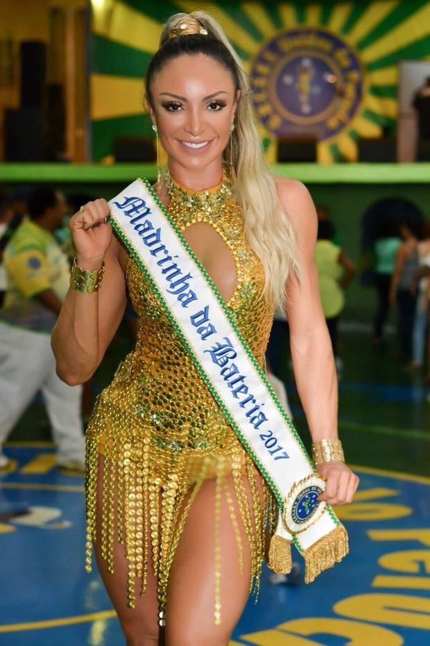 Priscila Santtana, a madrinha de bateria da escola Unidos do peruche (Foto: Luther Imagiens/Divulgação)