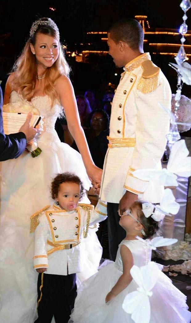 Mariah Carey e Nick Cannon renovam os votos (Foto: Reprodução/Twitter)