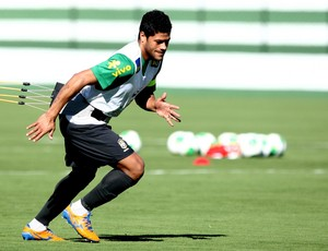 Hulk brasil treino (Foto: Bruno Domingos / Mowa Press)